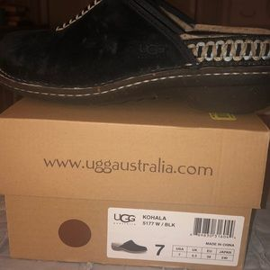 UGG slip ons- black - size 7- great condition